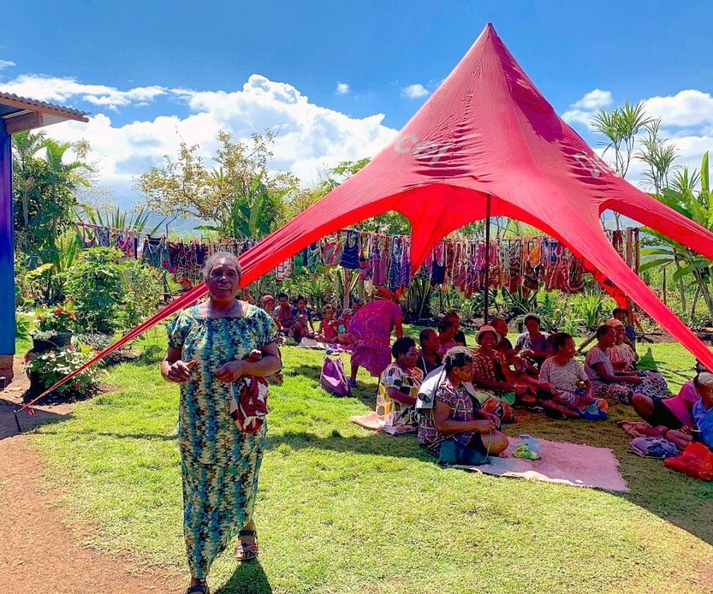 Bilum weavers in PNG